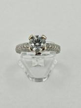 18 karat Engagement Ring Setting