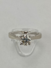 14 karat Solitaire Engagement Ring