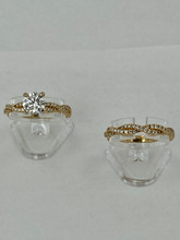 18 karat 0.41ctw Engagement Set