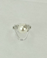Freshwater Pearl with Diamonds Ring