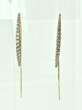 18 Karat Yellow Gold 0.73ctw Thread Thru Diamond Earrings
