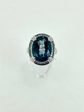 14 Karat White Gold Oval Blue Topaz Fashion Ring