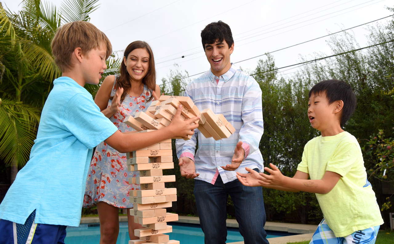 Party game ideas with Jenga GIANT