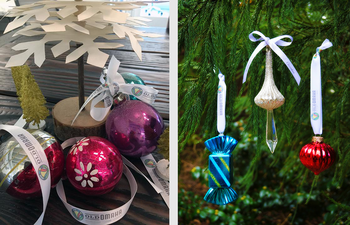 custom-logo-ribbon-ornament-hangers.jpg