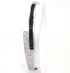 21000218 14K White Gold Sapphire & Diamond Bangle