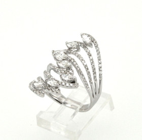 18K White Gold Fancy Diamond Ring 11003690