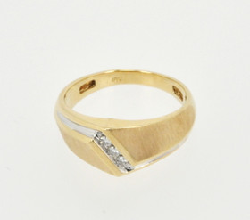 10K Yellow Gold Mens Diamond Wedding Band 19000190