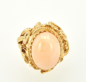 14K Yellow Gold Oval Shape Coral Ring 12002133