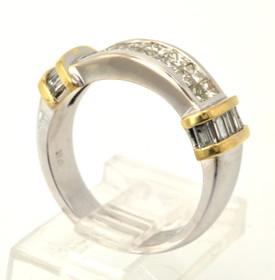 18K Two Tone Gold Diamond Ring 11000522
