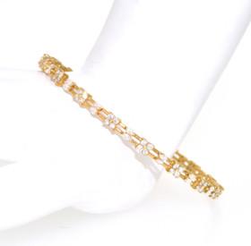18K Yellow Gold Fancy Diamond Bangle 21000472