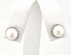 14K White Gold White Pearl and 0.32ctw Diamond Charm/Earring Set 52000289