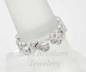 14K White Gold Eternity Diamond Flower Ring 11003742