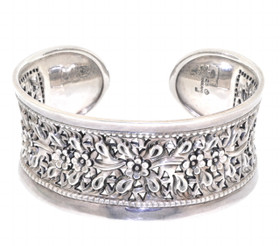 "Sterling Silver 7"" Flower Bangle 82010422"