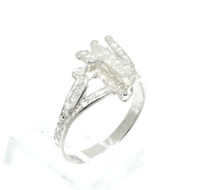 Sterling Silver V Initial Ring 81010385