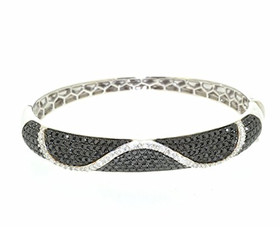 "14K White Gold Black & White Diamond 7"" Bangle 21000617"