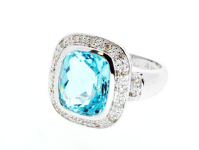 14K White Gold Blue Topaz Ring 12000477