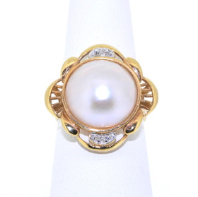 14K Yellow Gold Salt Water Pearl and Diamond Ring 12000905