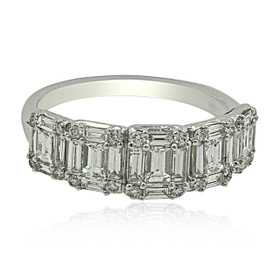 18K White Gold Diamond Wedding Band 11005996