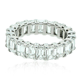 18K White Gold Emerald Diamond Eternity Wedding Band 11006014