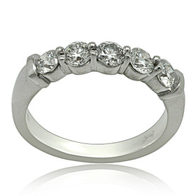 14K White Gold 0.93-carat Diamond Wedding Band