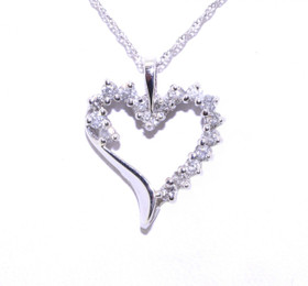 10K White Gold Diamond Heart Pendant 59000081