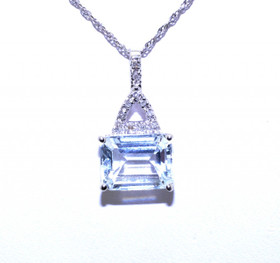 52001225 14K White Gold Aquamarine Diamond Charm