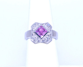 12001920 14K White Gold 0.48ct Pink Sapphire 0.26ct Diamond Ring