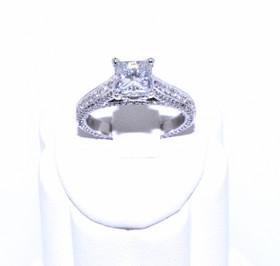18K White Gold  Diamond 1.06ct Engagement Ring