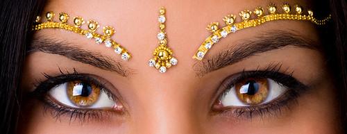 Gorgeous Wedding Eye Brow Bindis