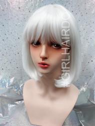 P7809 white bob