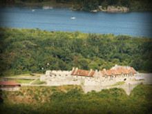 Benedict Arnold and Ethan Allen Take Fort Ticonderoga ~ The Battle of Bunker Hill - (Audio CD)