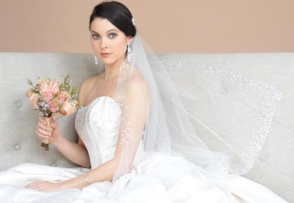 604-wedding-veil-ansonia-bridal-cropped-for-beaded-edge.jpg