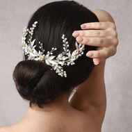 Extravagant Freshwater  Pearl and Crystal Wedding Hair Comb in Gold