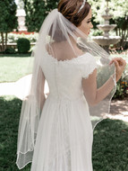 "Beaded Edge 41"" Long  Fingertip Wedding Veil enVogue V2091SF"