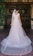 Scattered Pearl Cathedral Wedding Veil enVogue V2087C
