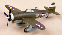P-47D Thunderbolt USAAF 56th FG, 61st FS, #42-7877, 1944