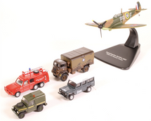 5-Piece Royal Air Force Centenary Set w/ Spitfire