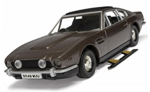 James Bond - Aston Martin V8 Vantage Volante (The Living Daylights)