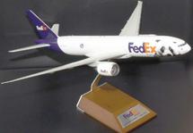 FedEx Boeing 777-2F Panda Express N850FD
