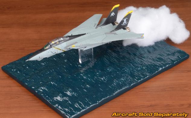 Grumman F-14 Tomcat Diecast Model Ocean Low Pass Diorama Base 1:72 Scale