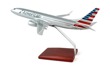 American Airlines B737-800 1/100 New Livery