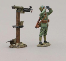 German Infanteer in Stahlhelm Helmet Using Binoculars with mounted Maxim machine gun, single figure with machine gun
