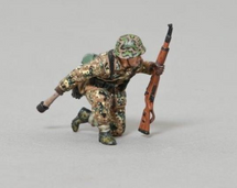 SS Infantry Soldier with Grenade (No Base), WWII single figure