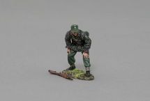 SS Artillery Soldier Standing By, half-crouched, single figure