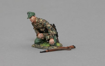 SS Kneeling Artillery Gunner WWII, single figure