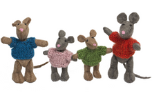 Papoose Toys – Dolls – Mouse Family – 4 Pieces