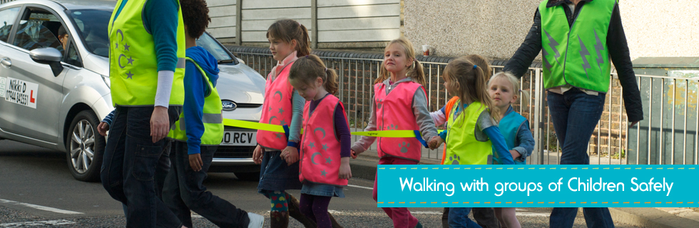 walking with groups of children safely