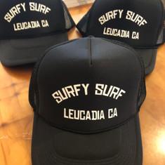 Surfy Surf trucker hat