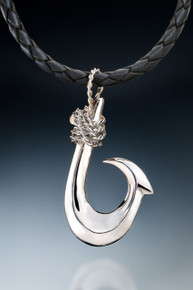 Single Barb Makau (Kauai Style) in sterling silver