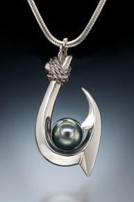 Double Barb (Kauai Style) Tahitian Pearl Pendant in sterling silver